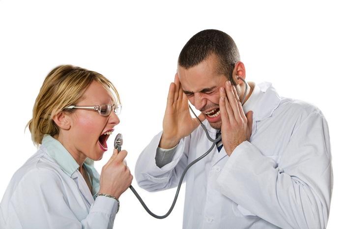 Куда необходимо направлять претензии, касающиеся работы врачей?