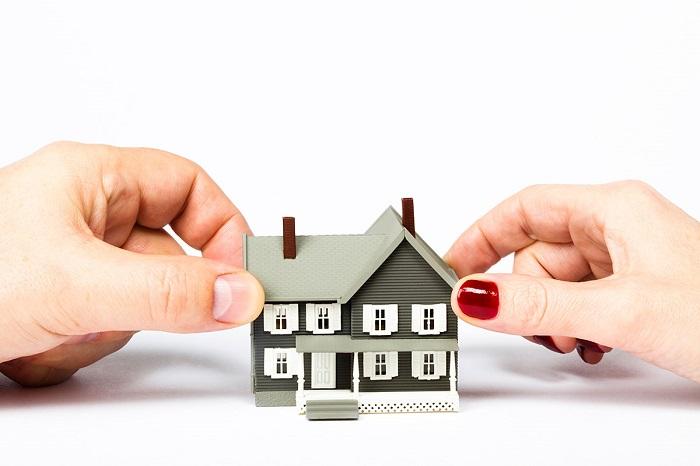 Что нужно для получения согласия на куплю жилой недвижимости?
