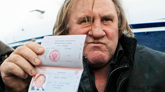 В какие сроки производится замена паспорта гражданину РФ, достигшему 45-летнего возраста?