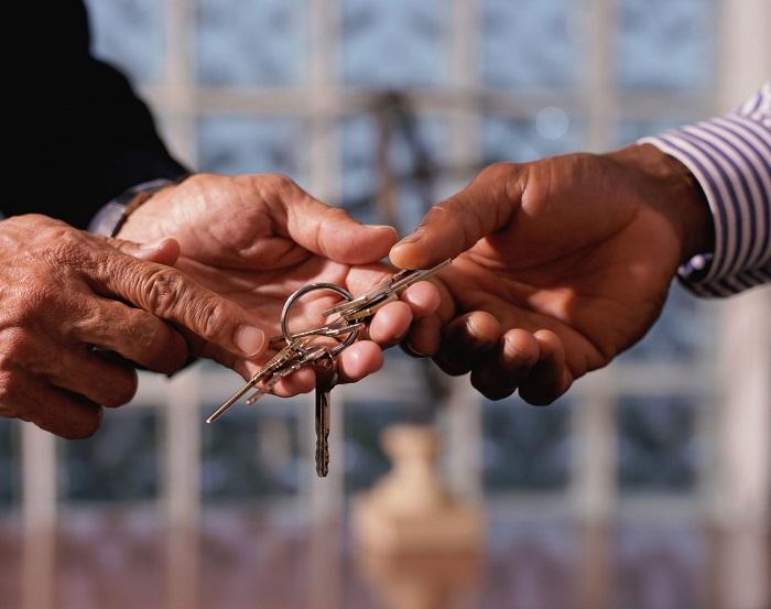 Что представляет собой договор по содержанию людей пожилого возраста?