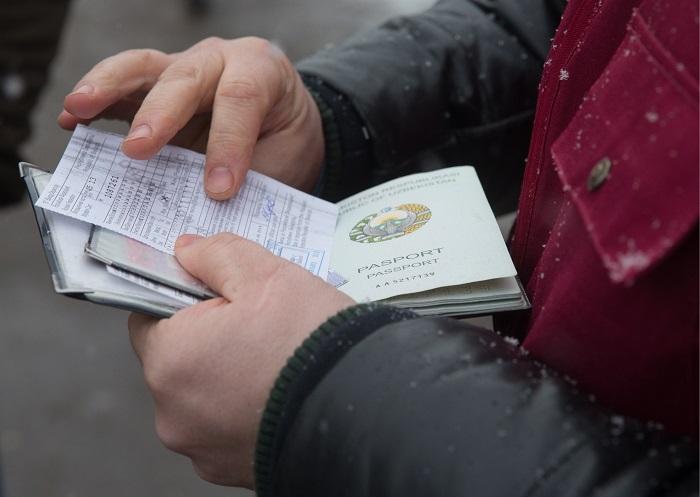 Правила и особенности оформления разрешения на временное проживание в РФ