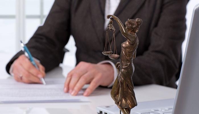 Кто может инициировать судебный процесс?
