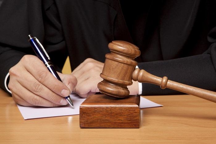 Ситуация, когда банк подал судебный иск