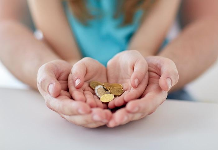 Как определяется размер алиментных выплат на мать малыша?