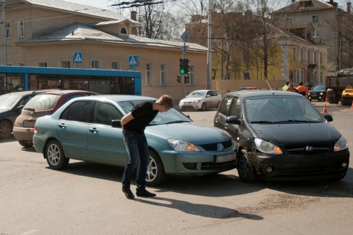 В каких случаях можно уехать с места аварии?