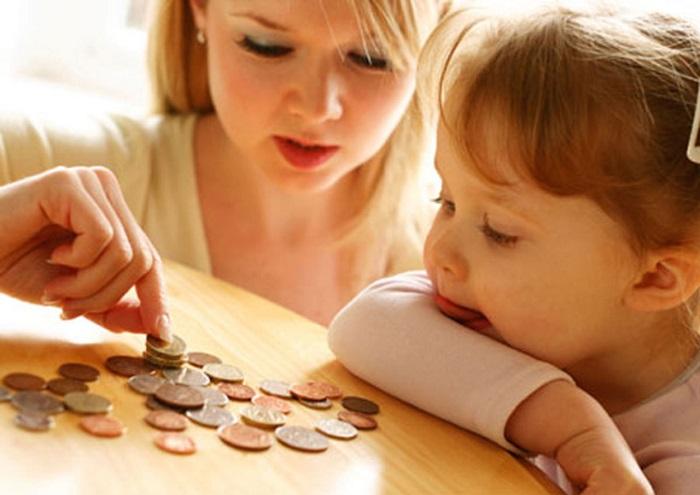 Выплата алиментов на мать ребёнка в возрасте до 3 лет