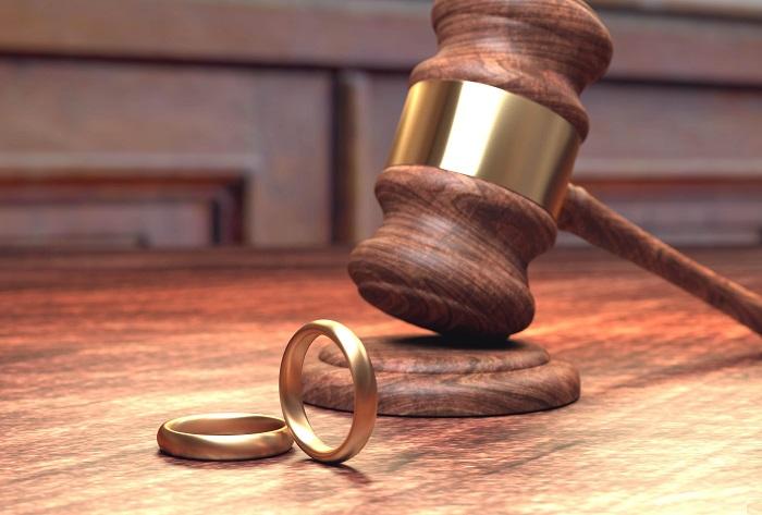 Выплаты супруге после развода