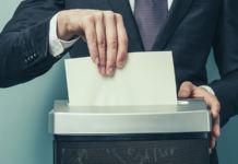 Чем различаются реорганизация и ликвидация юридического лица
