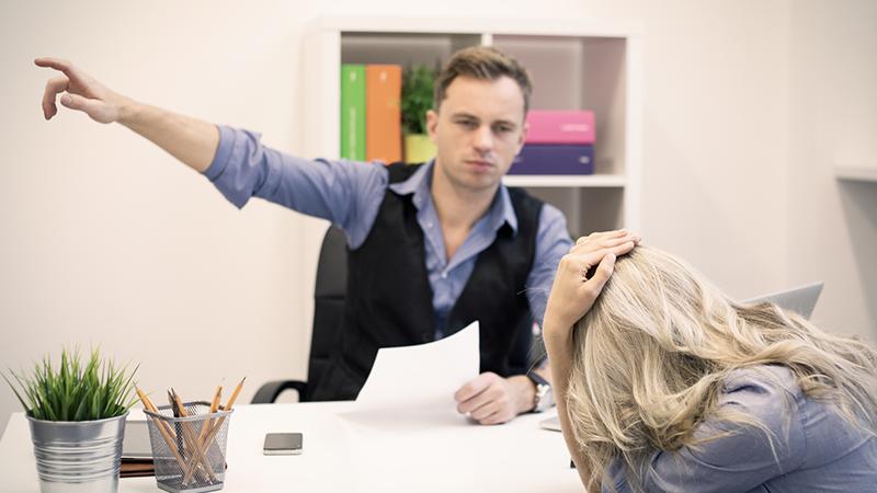 Увольнение беременной по срочному договору или находящуюся на испытательном сроке