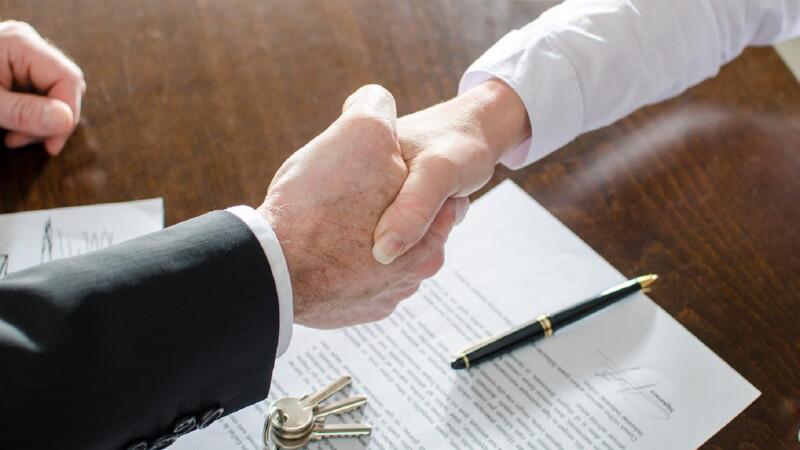 Нотариальная заверка договора дарения недвижимости между близкими родственниками в 2019 году