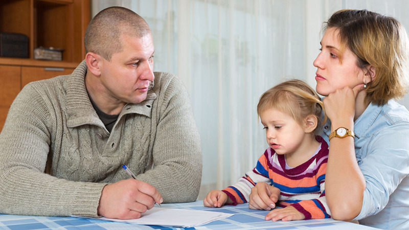 За что родителей лишают прав