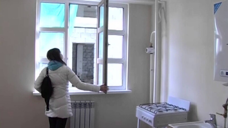 Кто получает квартиры вне очереди?